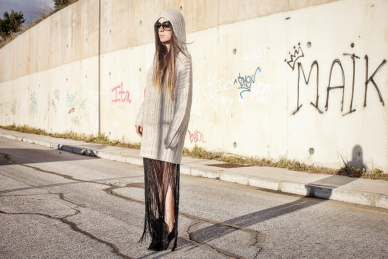 Jersey, vestido H&M; Botines Zara