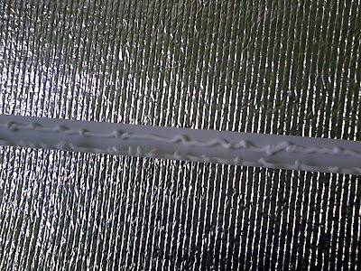Как клеить пластиковые уголки силиконовым герметиком