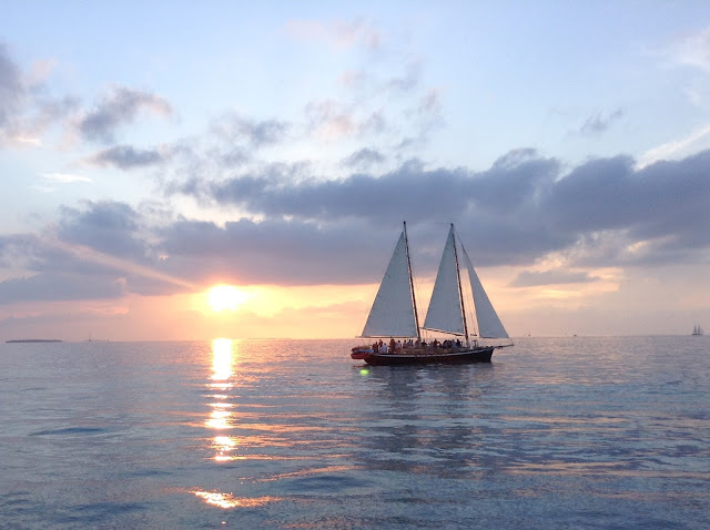 sailboat charter in Key West - what a great way to have an all inclusive wedding