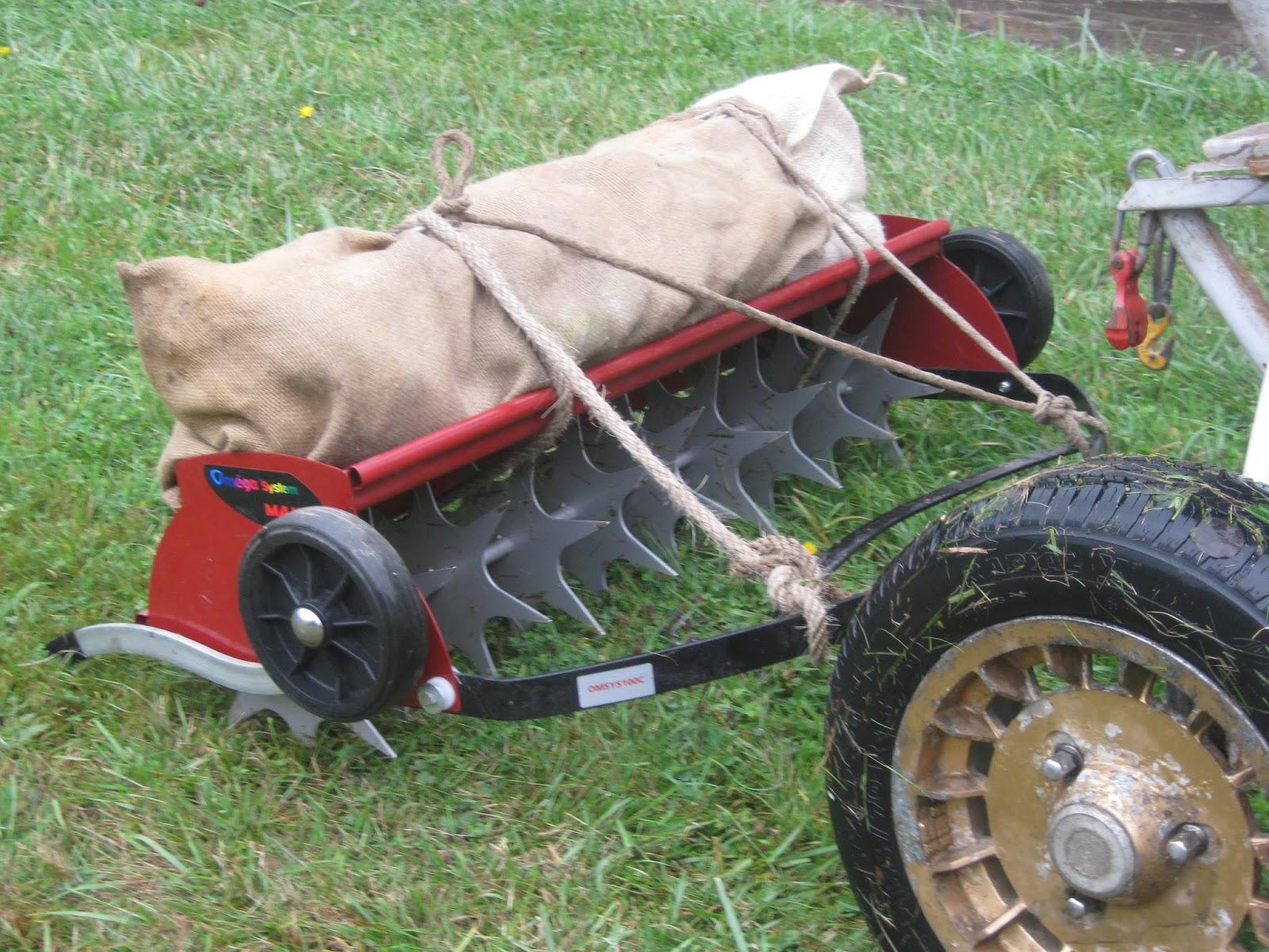 Formasine le blog des stagiaires entretien de la pelouse la scarification - Scarificateur pour pelouse ...