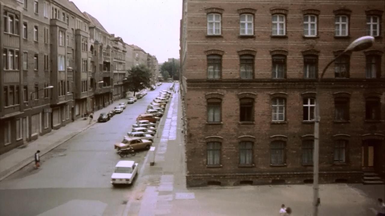 Good Bye, Lenin! (2003) BrRip 720p VOSE