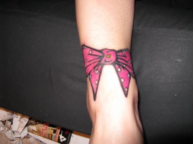 Laraverse bow tattoo designs for girls for Bow tattoos on ankle