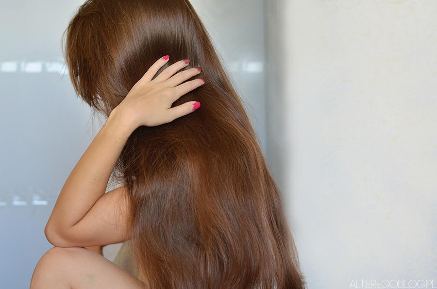 Włosy po wakacjach | Poprawa kondycji w 5 krokach