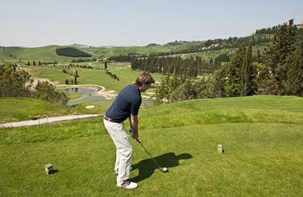 golf resort castelfalfi aciascunoilsuo