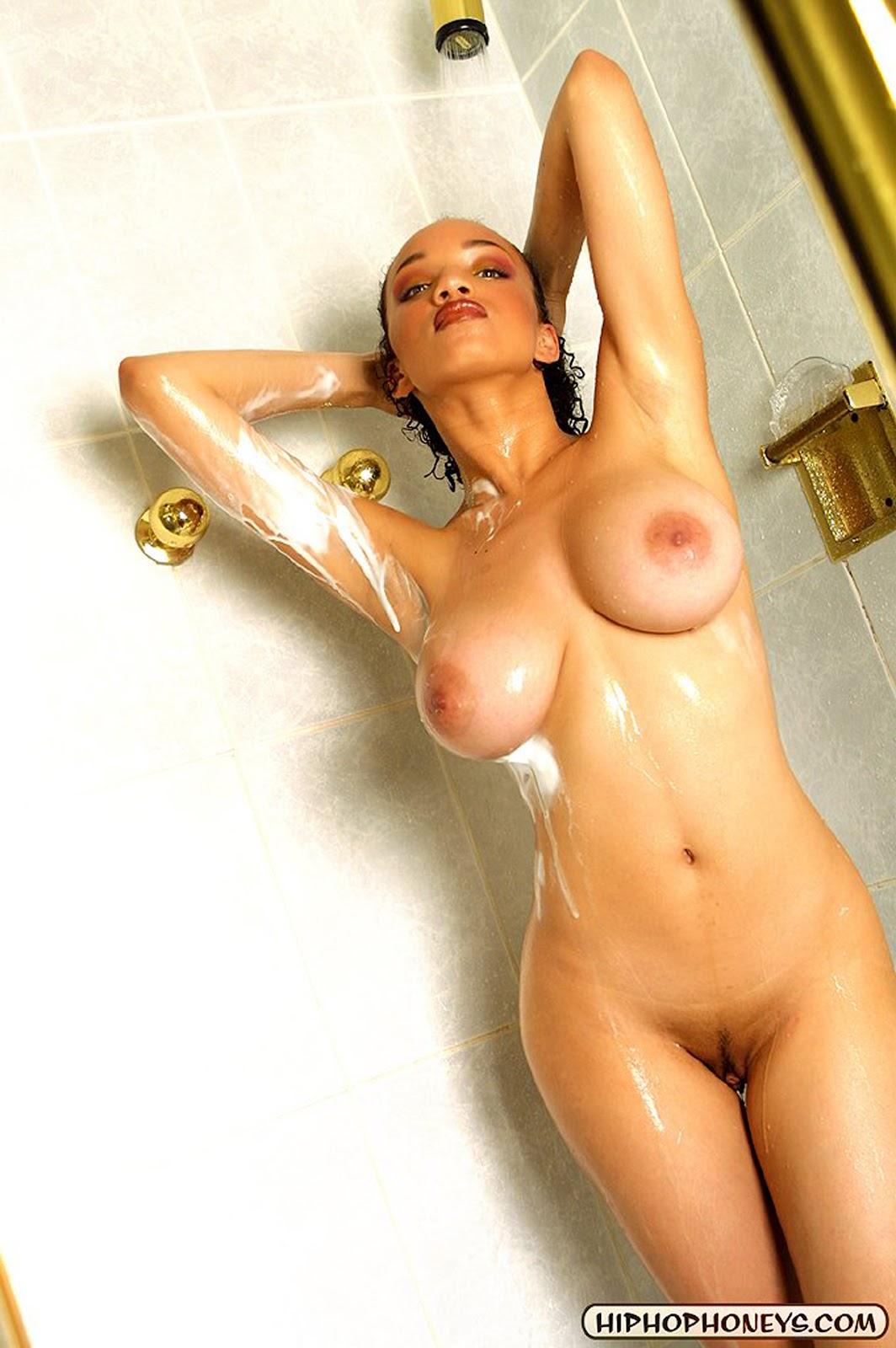 Самие шикарние груди порно 28 фотография