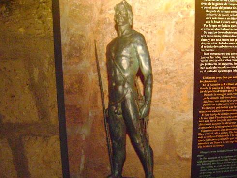 """valientes Guerreros lucharon en la antigüedad para salvaguardar los tesoros de      """"sa Roqueta""""..."""