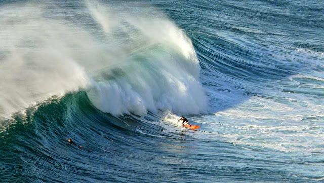 surfing menakoz 35