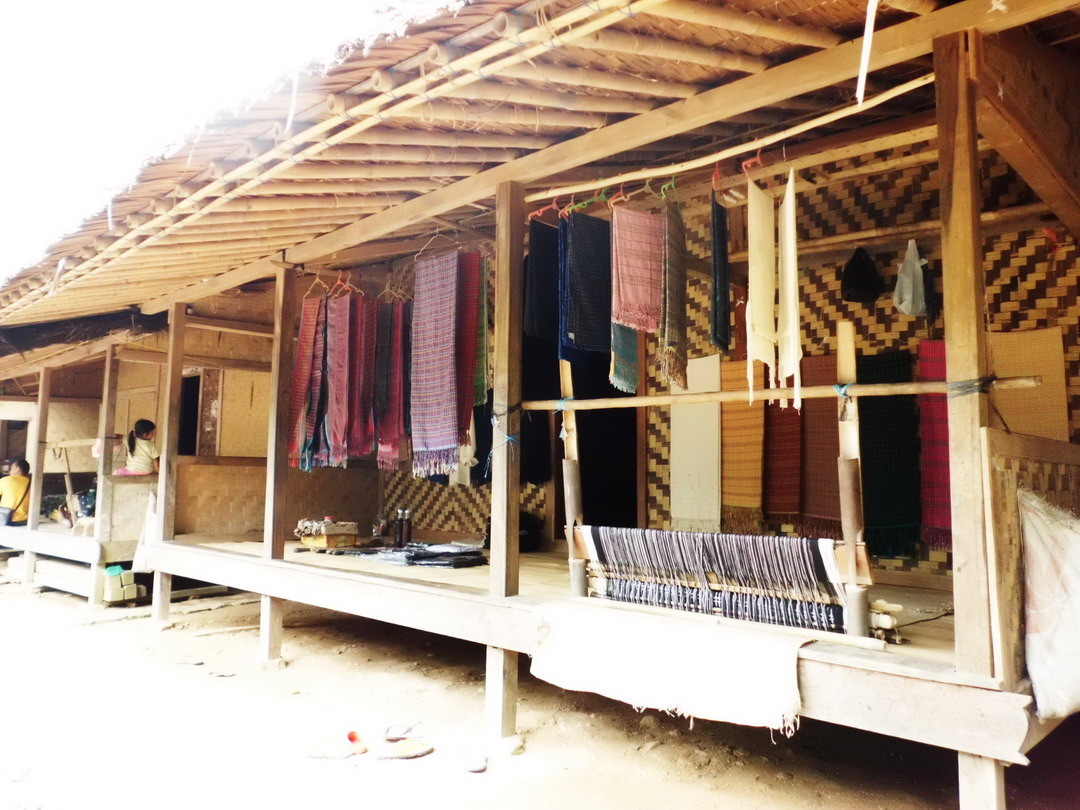 Download this Adapula Rumah Suku Baduy Yang Sudah Disulap Pemiliknya Jadi Warung picture