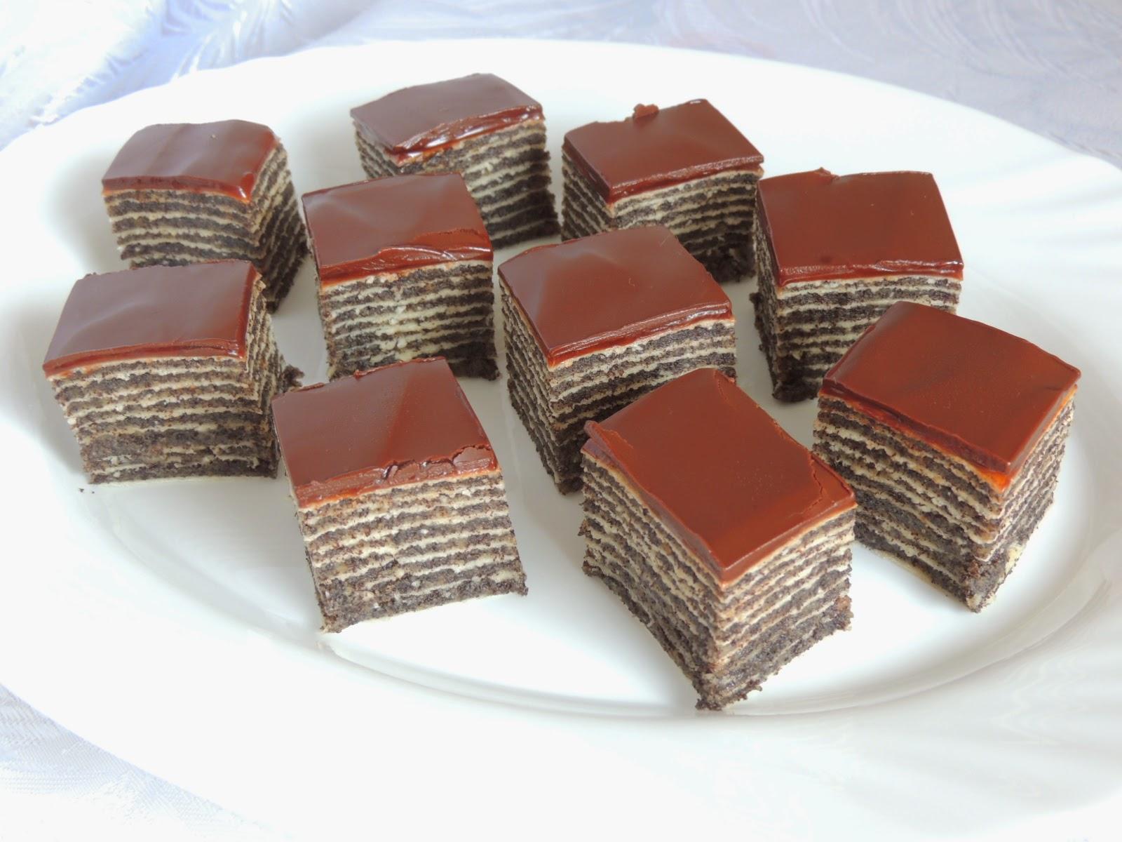 Chocolate cake with readymade barks