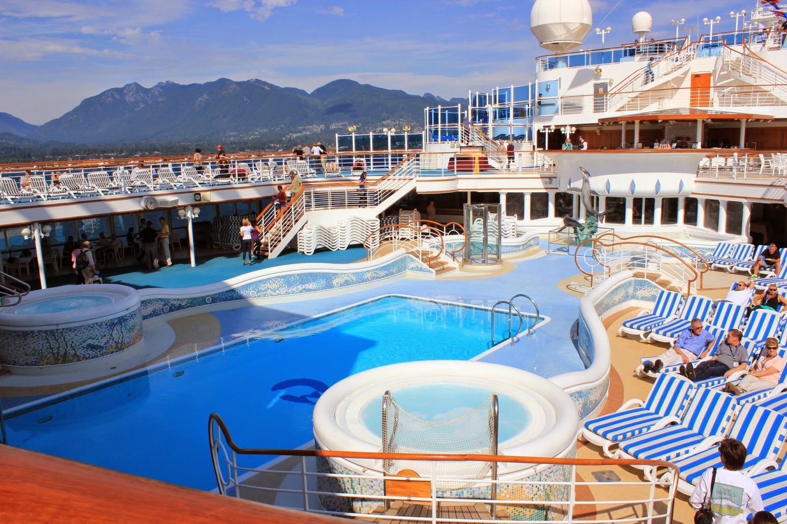 Cruising All Over The World Cruise Ships For All Age Groups