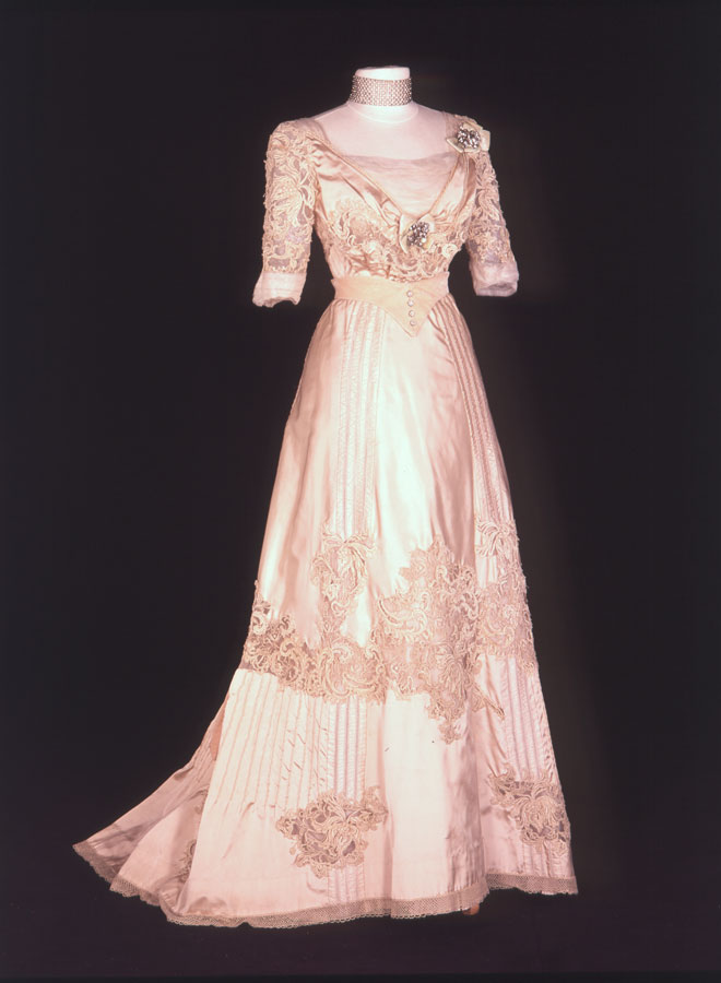 Time Traveling In Costume 1890s La Belle Epoque Gown