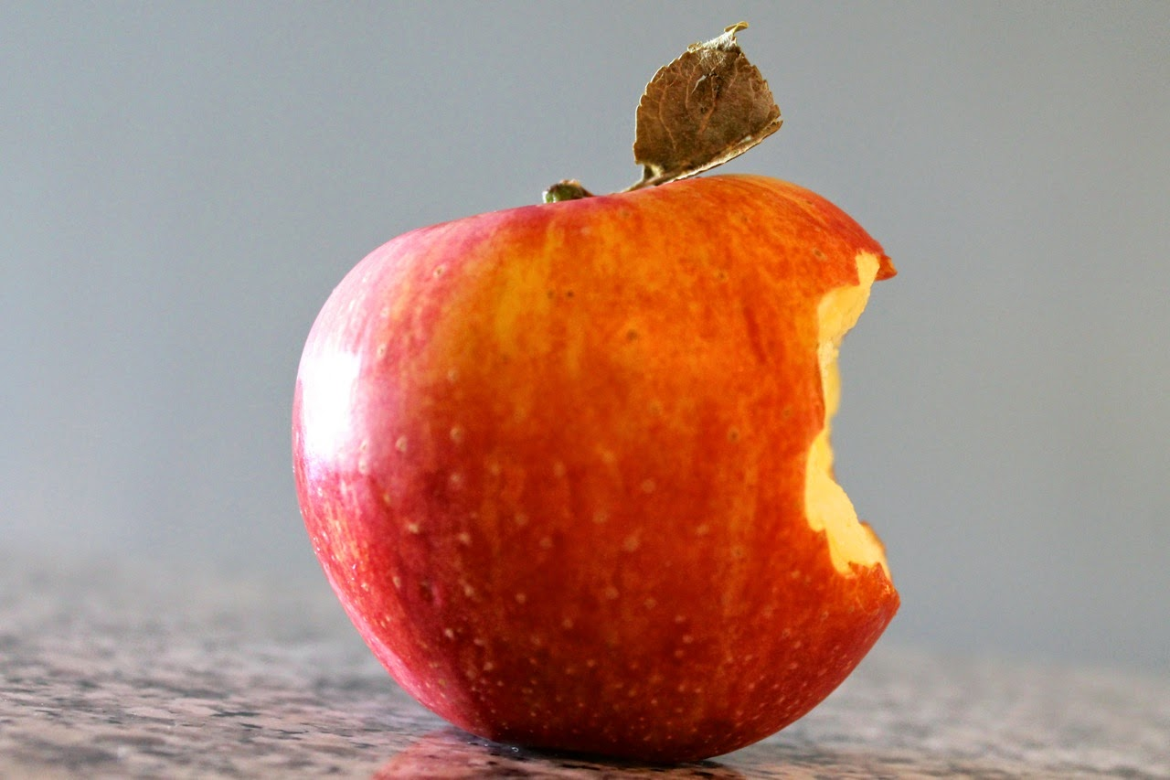 Apple with Leaf and Bite