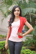 Ritu Varma Glam pics at Naa Rakumarudu Premier press meet-thumbnail-9