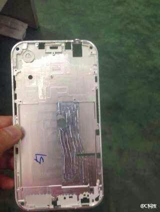 Supposed iPhone 6 frame leaks it s ultra thin and not very Apple like