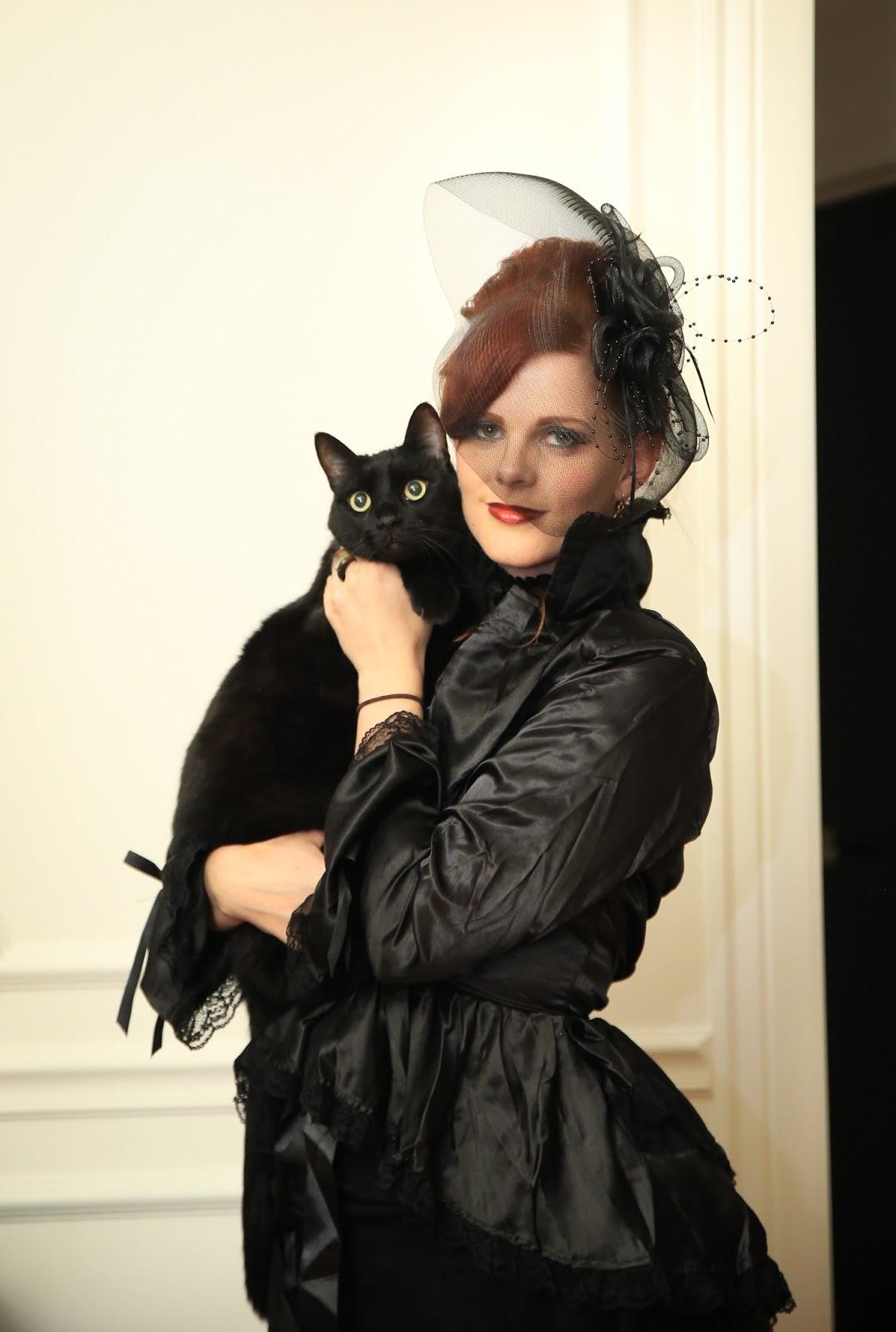Black cat, victorian, gothic