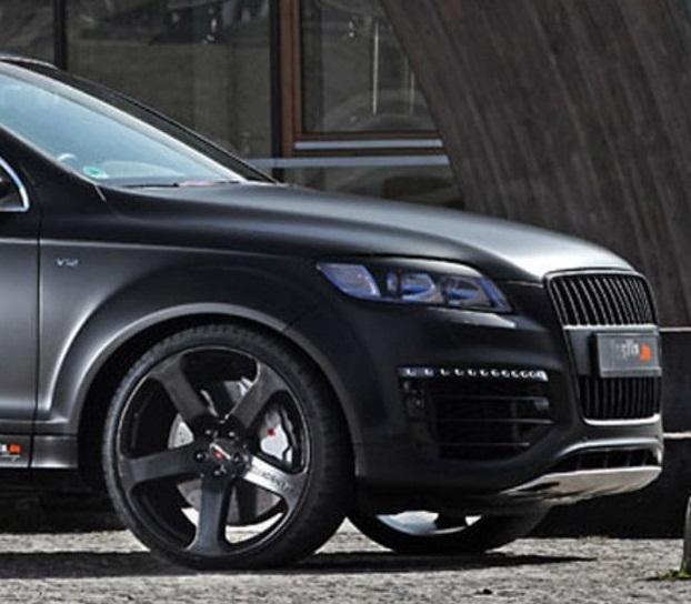 Car & Bike Fanatics: Audi Q7
