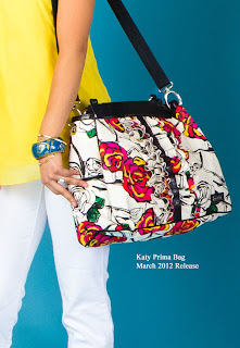 Fun in the sun with floral print Katy Prima Bag