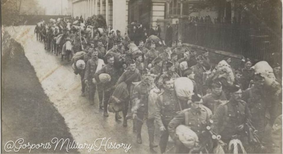 Troops leaving Gosport station