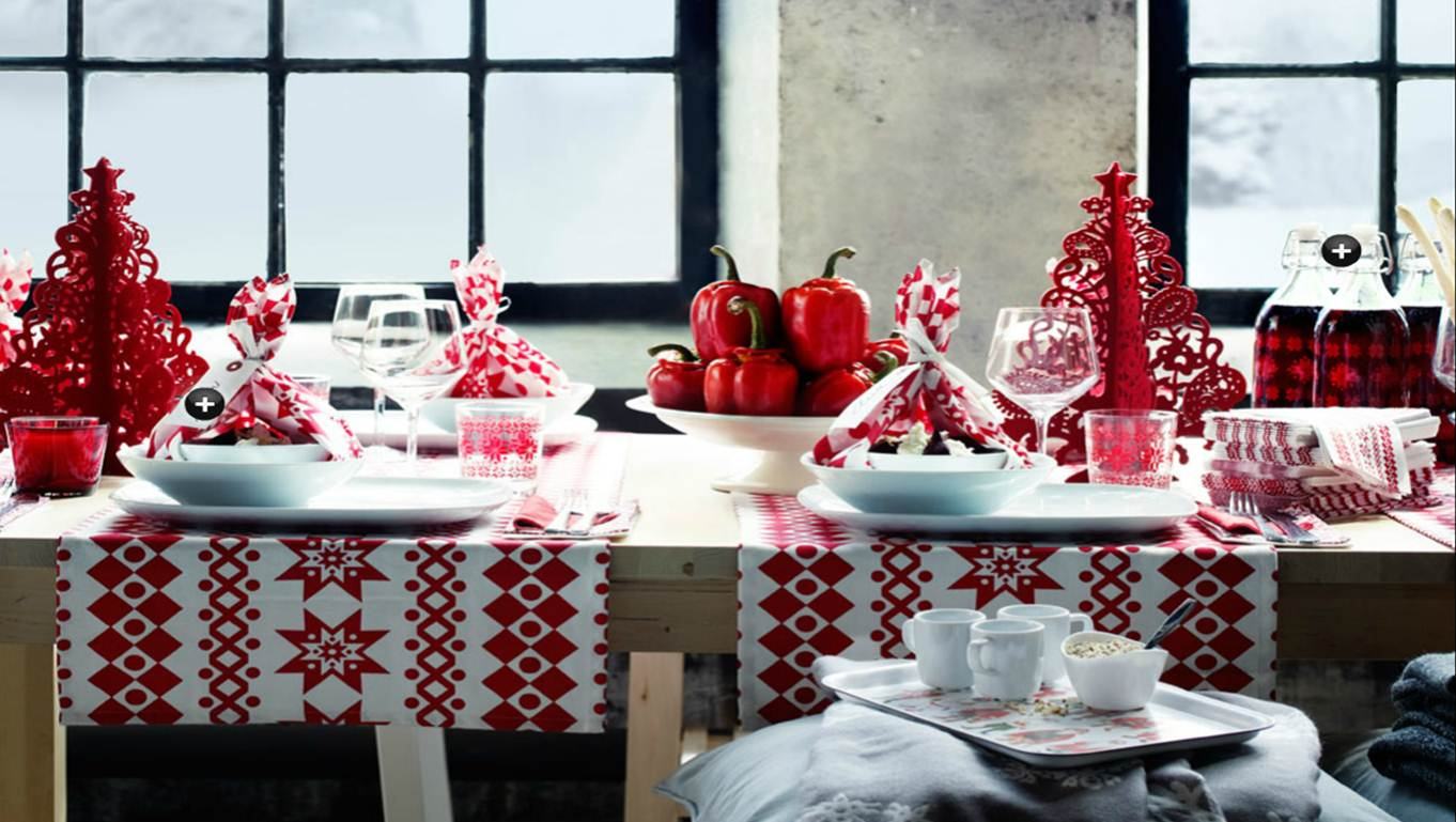 Red and white christmas table decorations photograph red - Table pour noel decoration ...