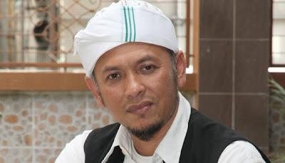 Iwan dangdut sudah menjadi Iwan nasyid