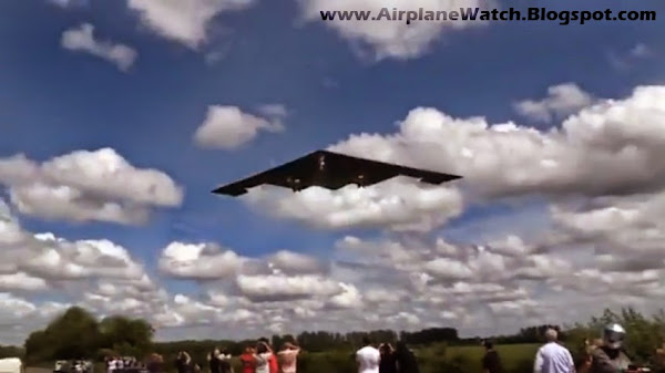 ✈ B-2 Spirit Stealth Strategic Bombers Land at RAF Fairford UK ✈
