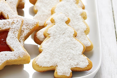 Honey and cinnamon Christmas trees Recipe