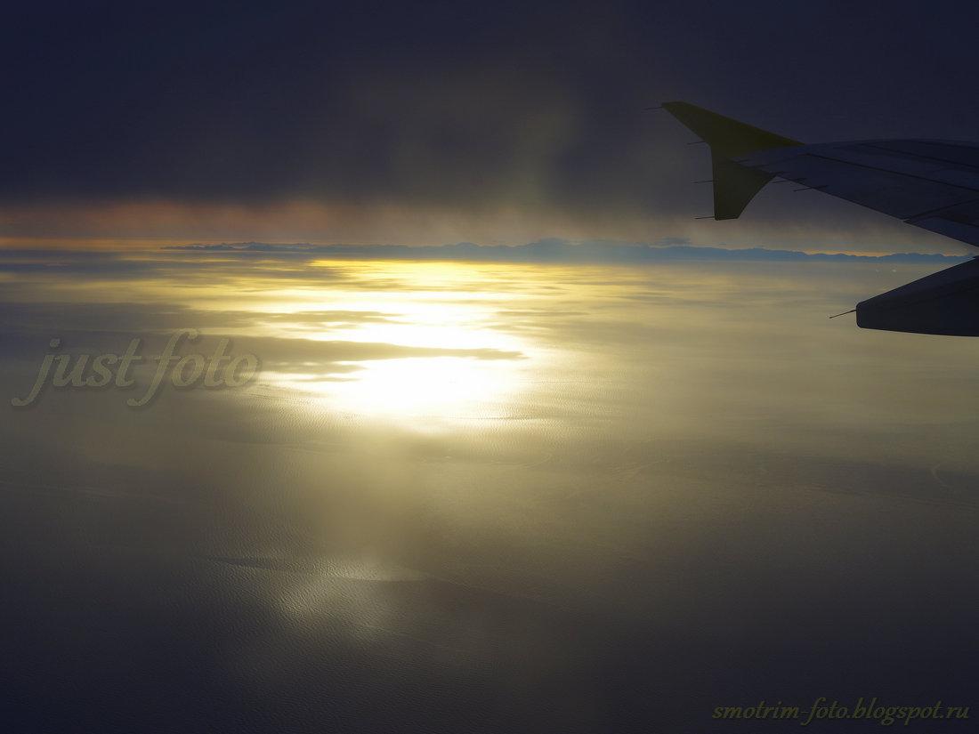 Закаты в иллюминаторе