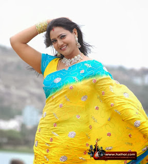 Raksha Aunty Latest Spicy Images