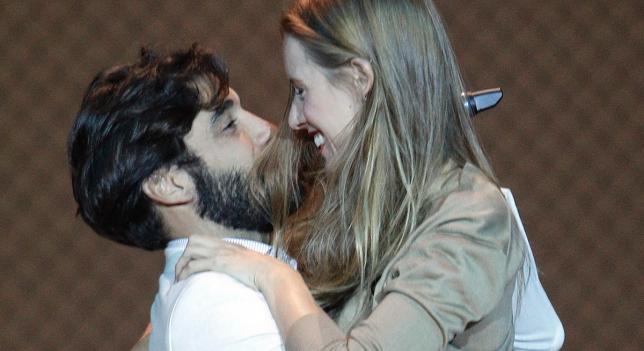 Álex García y Manuela Vellés, juntos pero no revueltos ...