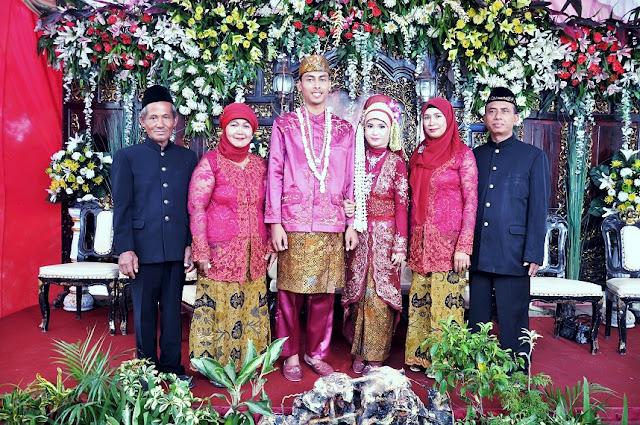 uplug get married