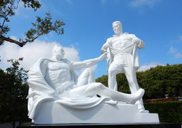 Modern Heroes statue Mauro Perucchetti