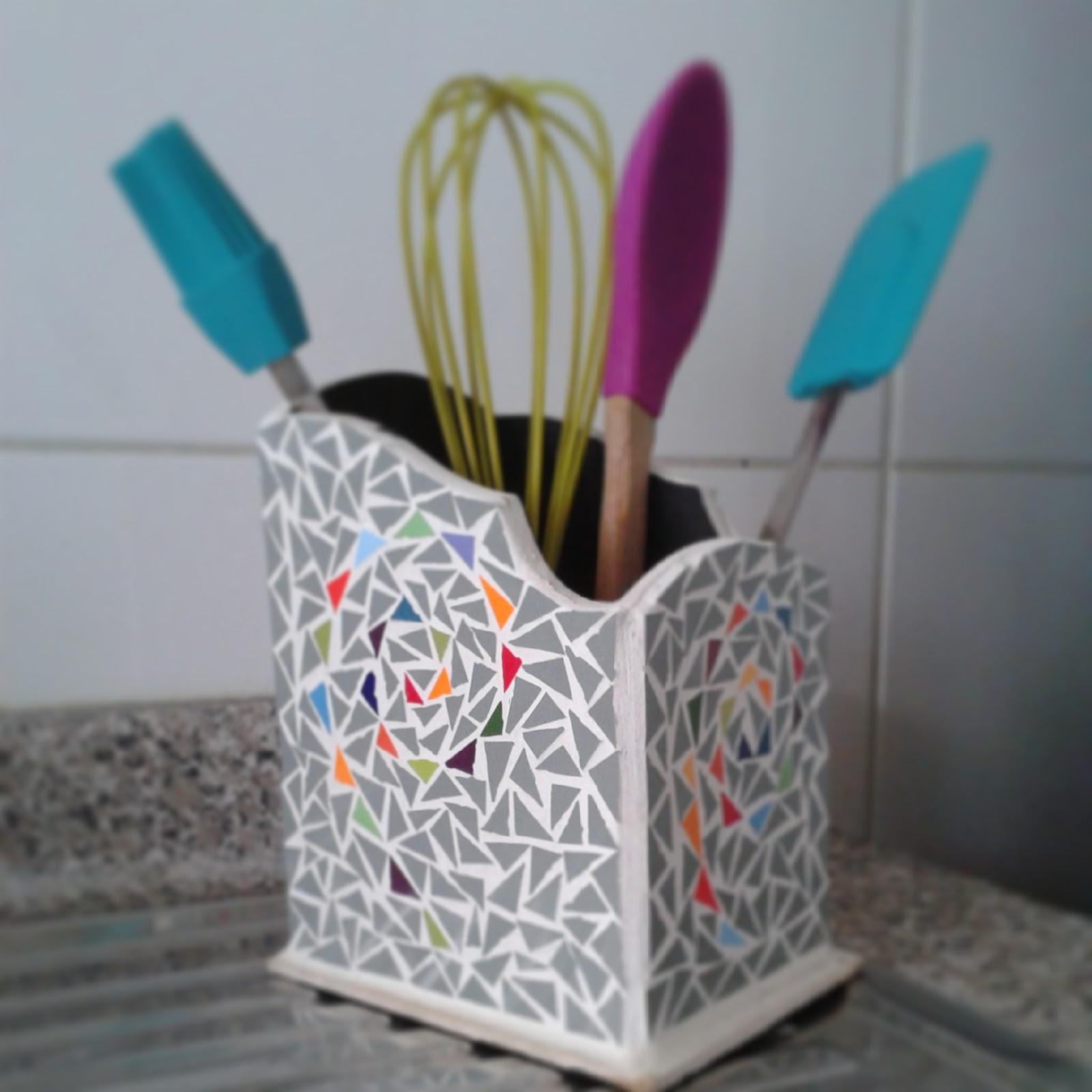 Porta utensilios de cocina cosas lindas de mosaico for Porta utensilios cocina