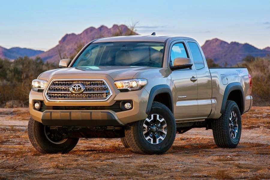 Toyota Tacoma TRD Off-Road Access Cab (2016) Front Side