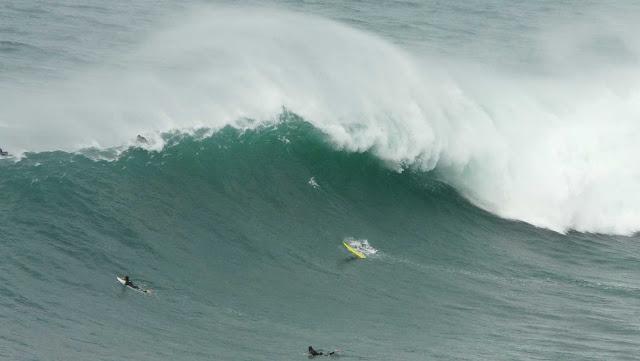 sesion otono menakoz septiembre 2015 surf olas grandes 16