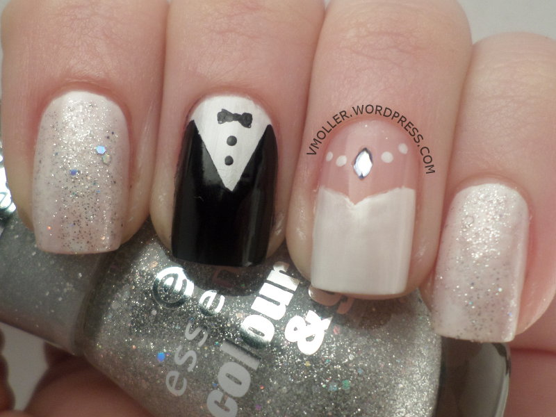 The Fancy Side: Guest Post: Voni from For the Love of Nail Art