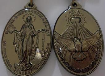 Medalha de Nossa Senhora Rainha e Mensageira da Paz