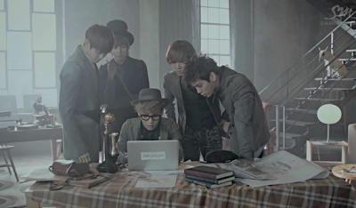 SHINee Sherlock iwatson laptop