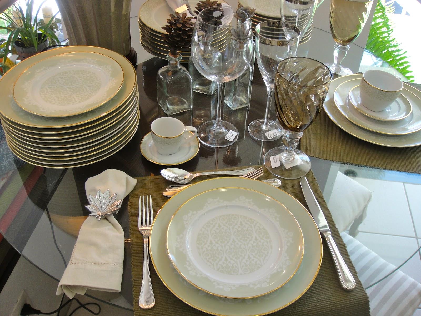 Aparelho de jantar fino e clássico belo! Para você que ainda não  #568348 1600x1200