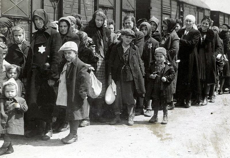 Shoah - Holocausto