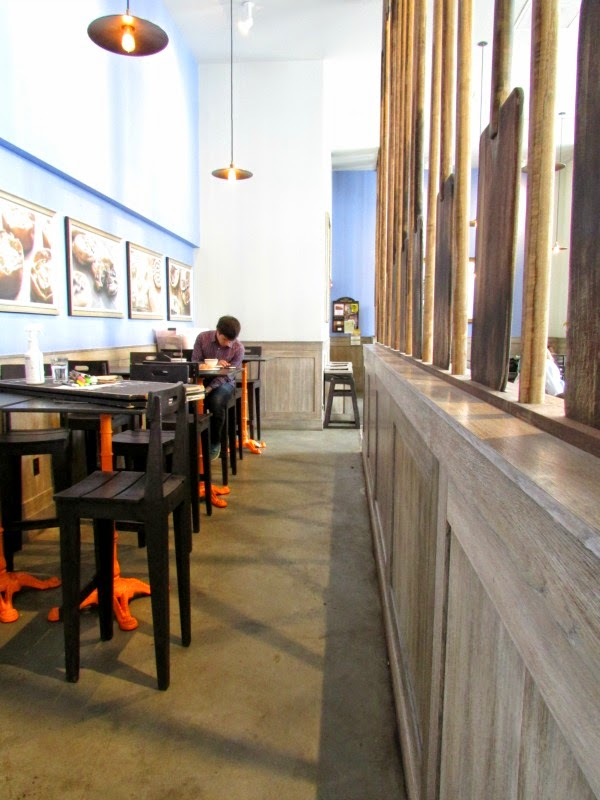 La Boulange de Sunset- Hidden Bar Tables with Stools