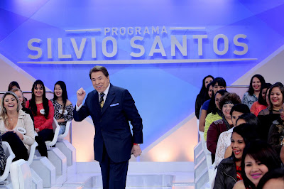 Silvio leva diversão ao telespectador neste domingo (Crédito: Lourival Ribeiro/SBT)