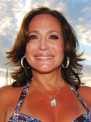 atriz Suzana Vieira anunciou que vai se casar novamente, agora com o