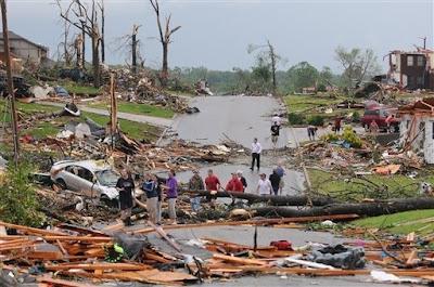 foto tornado en missouri 2011