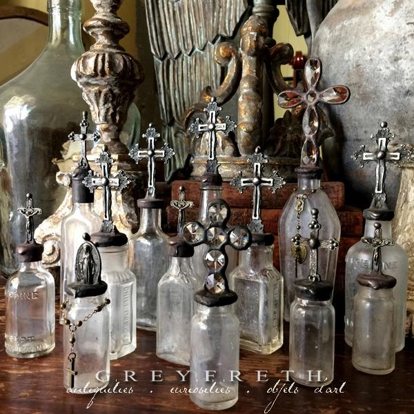http://vintagewhitecrossbottles.blogspot.com/