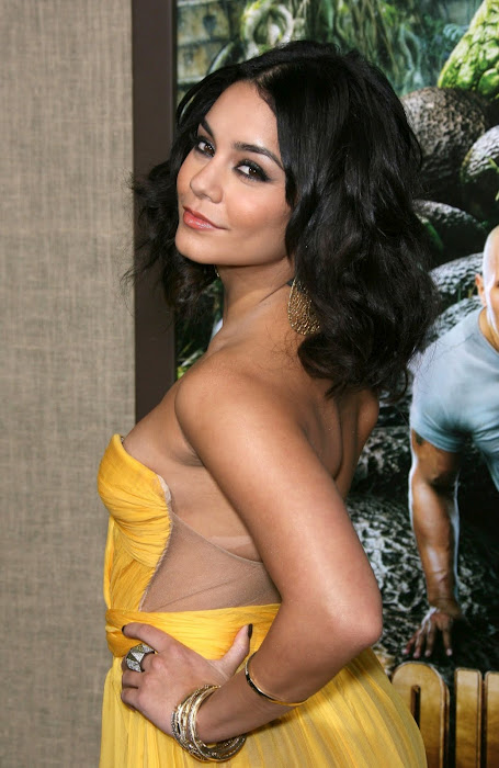 vanessa hudgens film premiere in hollywood (hq) glamour  images