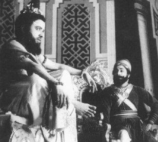 Shivaji Ganesan & C.N. Annadurai in 'Shivaji kanda Indu Samrajyam'