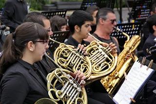 MUSICA PARA UNA FIESTA