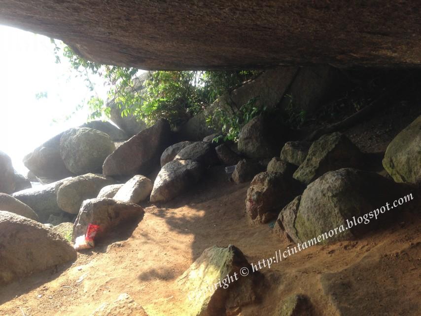 gua yunus pulau besar