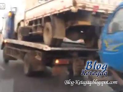 gambar trak tunda lori