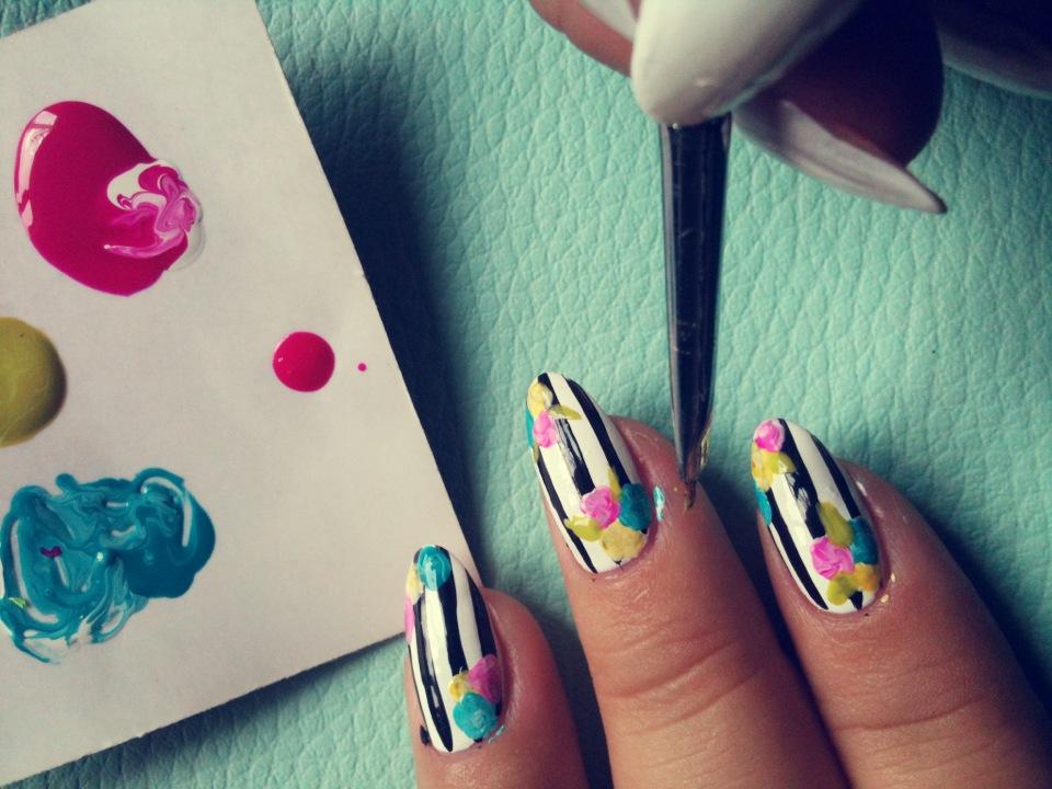 Fantástico Cómo Hacer Diseños De Uñas Con Un Palillo Friso - Ideas ...